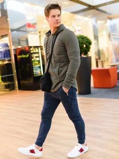 Stylizacja nr 164 - bluza z kapturem, spodnie dresowe joggery, buty męskie
