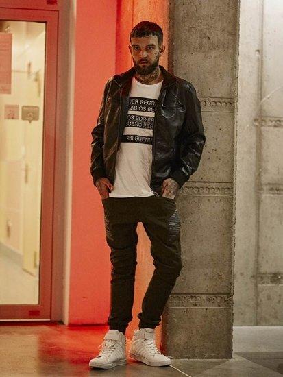 Stylizacja nr 142 - kurtka skórzana, T-shirt z nadrukiem, buty sneakersy