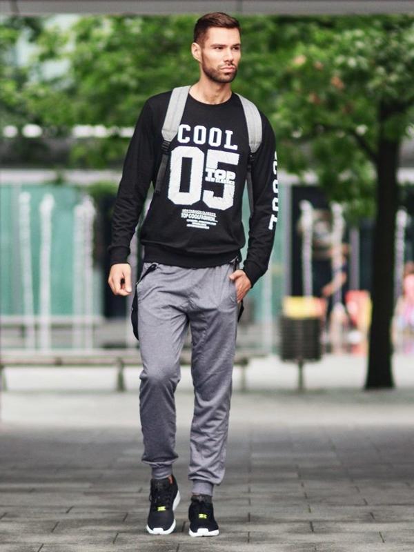 Stylizacja nr 301 - bluza bez kaptura, spodnie dresowe baggy