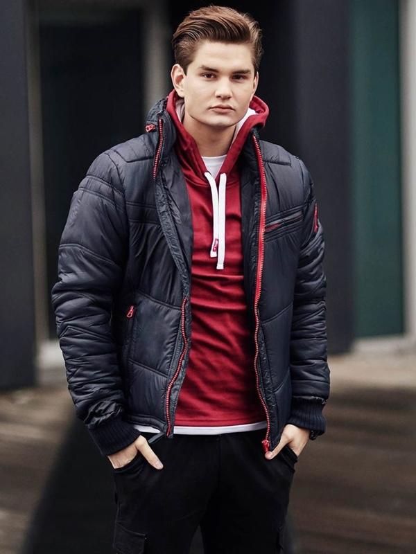 Stylizacja nr 390 - zegarek, kurtka zimowa, bluza z kapturem, longsleeve basic, spodnie joggery