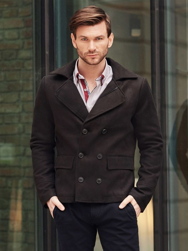 Stylizacja nr 394 - krótki płaszcz męski, elegancka koszula, spodnie chinosy