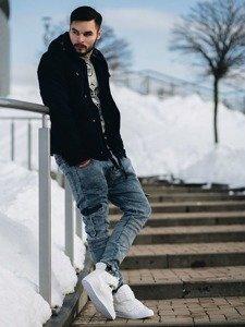 Stylizacja nr 124 - kurtka zimowa, bluza z nadrukiem, spodnie joggery, buty